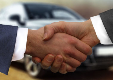 nas-hand-shake - Northland Auto Solutions | Insurance and Dealership Solutions | Burnsville, MN